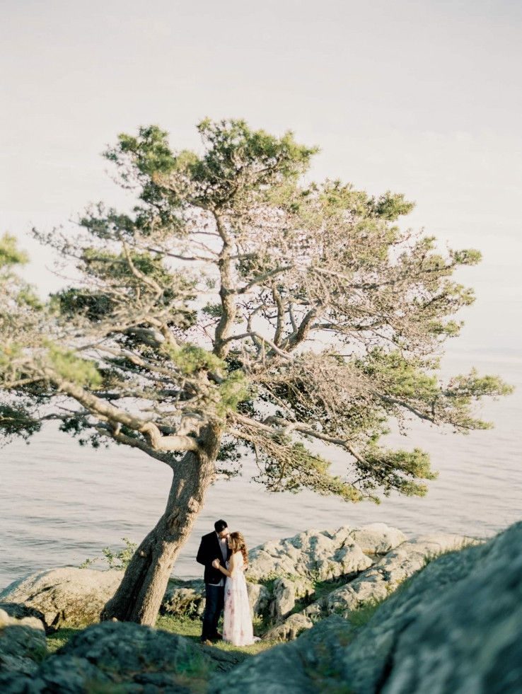 whytecliff-park-lighthouse-vancouver-engagement-prewedding-fineart-04