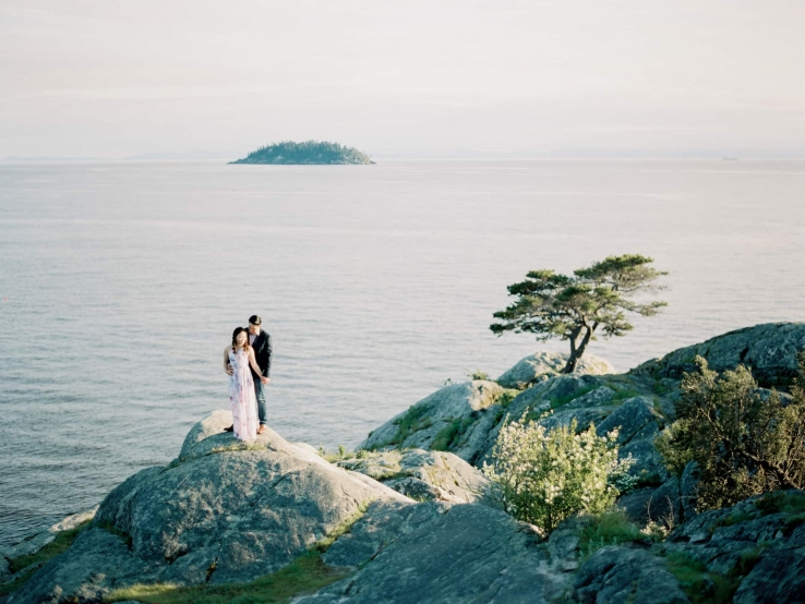 whytecliff-park-lighthouse-vancouver-engagement-prewedding-fineart-09