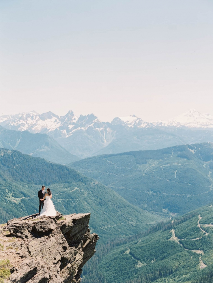 alva-william-destination-vancouver-chilliwack-wedding-mount-cheam-05
