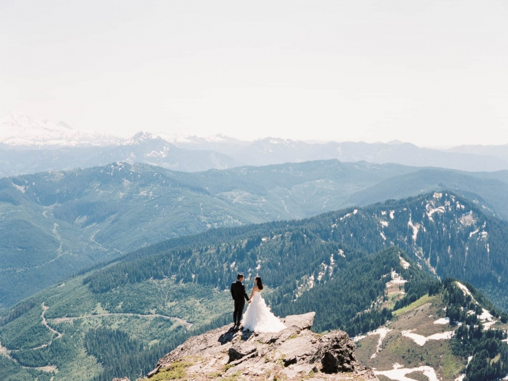 alva-william-destination-vancouver-chilliwack-wedding-mount-cheam-07