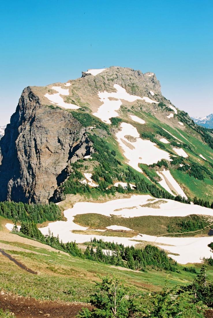alva-william-destination-vancouver-chilliwack-wedding-mount-cheam-24